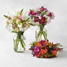 flower subscription three month fortnightly letterbox flower subscription by bloom