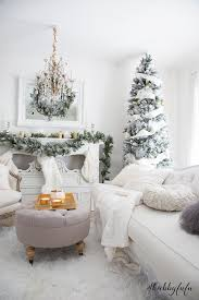 elegant and simple christmas living room in white shabbyfufu