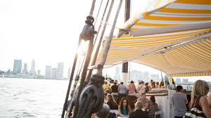 boat restaurants nyc where to drink and dine on the water am