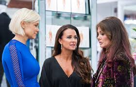 how tall is yolanda foster hw who is the richest real housewife there are some fierce contenders