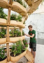 growmore is a modular building kit for urban gardeners