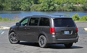 2017 dodge minivan 2017 dodge grand caravan in depth model review car and driver