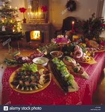 christmas decorations for the dinner table christmas decorating food table psoriasisguru com