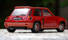 renault r5 turbo die cast delights a renault 5 turbo in 1 18 scale hooniverse