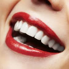 how to whiten teeth at home fast september 2017
