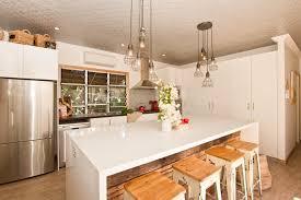 cuisiniste chambery cuisine meuble cuisine a poser sur plan de travail avec blanc