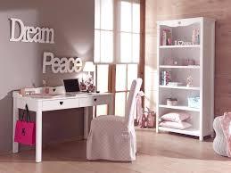 bureau style romantique bureau enfant fille chambre emile au style so romantique so nuit