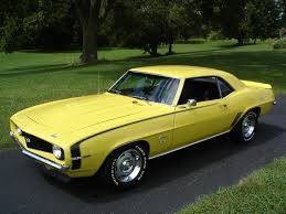 1969 camaro rally wheels 69 camaro ss 396 in yellow with black stripes and original rally