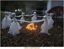 scary decoration ideas for outside 34 yard pics