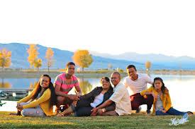 family of 6 family of 6 posing family of 6 poses