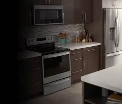what color appliances go best with white kitchen cabinets kitchen appliances whirlpool