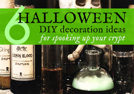 6 diy halloween decorations made with upcycled materials spider