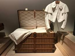 louis vuitton bedroom set louis vuitton bed bed with desk best quotes of the day