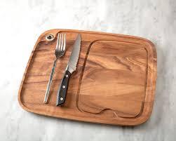 amazon com ironwood gourmet 28101 steak barbecue plate acacia amazon com ironwood gourmet 28101 steak barbecue plate acacia wood wooden plates kitchen dining