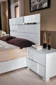 Italian Modern Bedroom Furniture Modrest Ancona Italian Modern White Bedroom Set