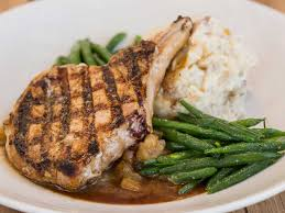 cheesecake factory hours on thanksgiving grilled pork chop cheesecake factory pinterest grilled pork