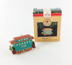 hallmark miniature keepsake ornament claus and co r r passenger car