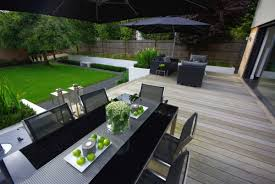 White Patio Furniture Set - modern gardens home design inspiration ideas and pictures
