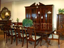 Mahogany Dining Room Table And  Chairs Six  Degree Swivel - Mahogany dining room sets