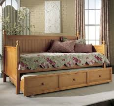 daybed full size frame design your life furniture vintage daybed with trundle also cute floral mattress photo on terrific diy