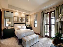 small bedroom decor ideas very small room with big bed and double