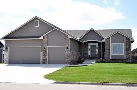 1105 n forestview maize schools 3 bedroom 2 bathroom 3 car 1105 n forestview maize schools 3 bedroom 2 bathroom 3 car garage