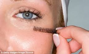 get lashed up how to apply fake eyelashes properly daily mail