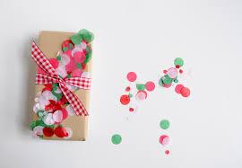 diy confetti christmas wrap mod podge rocks