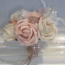 Prom Corsage Best 25 Corsage For Prom Ideas On Pinterest Wrist Corsage For