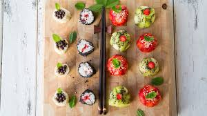 how to make gorgeous fruit sushi for dessert