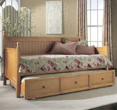 rooms to go daybeds 1692 beatorchard com