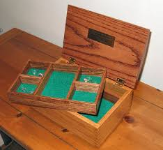 oak jewelry box featuring box joint construction 9 steps with