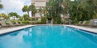 Comfort Inn Fort Lauderdale Florida Holiday Inn Express U0026 Suites Ft Lauderdale N Exec Airport Hotel