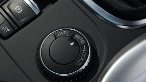 renault kadjar 2015 renault kadjar dynamique s 130 dci 4x4 2015 review by car magazine