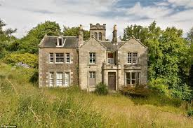 country house scottish six bed country house for sale at 200k daily mail