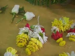 flowers garland hindu wedding indian wedding flowers garlands weistlets and earings