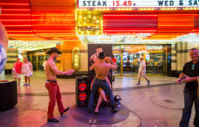 experience las vegas las vegas busker lottery plan still controversial after 2 years