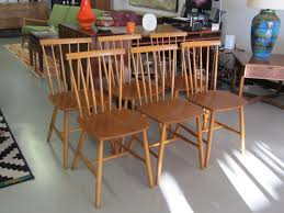 Oak Spindle Back Dining Chairs Set Of Six Mid Century Modern Spindle Back Dining Chairs