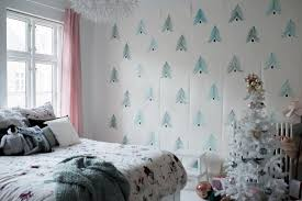 christmas puked in here teen christmas bedroom makeover