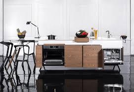 le meuble cuisine îlot central avec table et plan de travail corian le top meuble