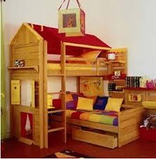 cabane pour chambre idée déco pour une chambre d enfant le lit cabane atout femme