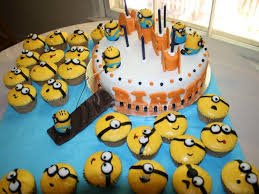 despicable me cake and cupcakes cakecentral com