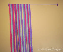 diy photo backdrop on a easy diy streamer backdrop