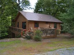 cool log homes enjoy the cool mountain air at blackbeary c vrbo