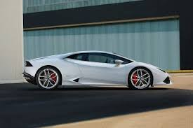 lamborghini huracan prices 2017 lamborghini huracan coupe pricing for sale edmunds