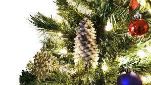 make pinecone ornaments