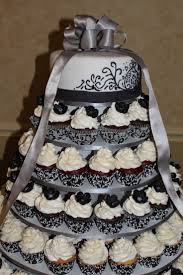 diamond wedding anniversary cupcakes 56 best 50th anniversary ideas images on pinterest anniversary