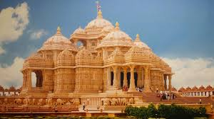 akshardham temple is a hindus temple which is situated in the world s biggest hindu temple akshardham new delhi