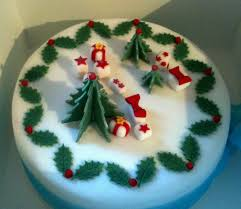 28 decorating christmas cakes on the fourth day of