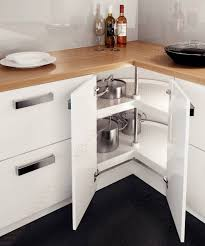 cuisine en angle elément d angle standard amenagement placard accessoires de cuisines